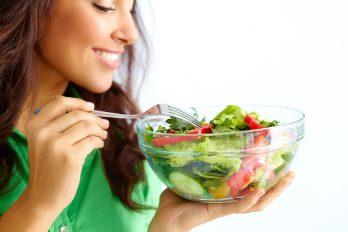 ¿Eres de los que come poco saludable? 5 beneficios para empezar a hacerlo