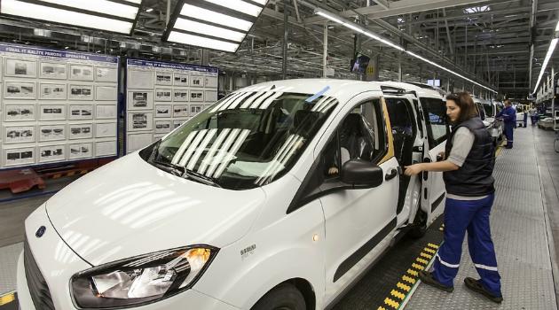 Ford suspendió operaciones en Venezuela hasta abril de 2017