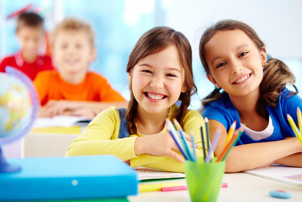 niñas-estudiando