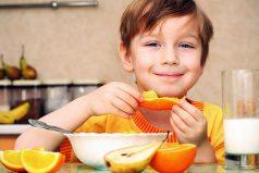 ¿Quieres darle una buena alimentación a tus hijos? 5 consejos para hacerlo