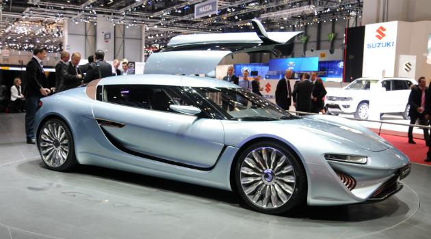 El carro deportivo que funciona con agua de mar
