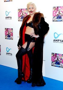 24oct2013-lady-gaga-outrageous-outfits-600