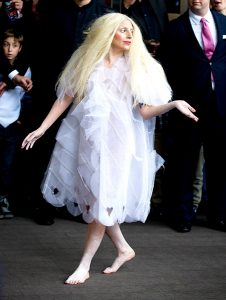 25oct2013-lady-gaga-outrageous-outfits-600