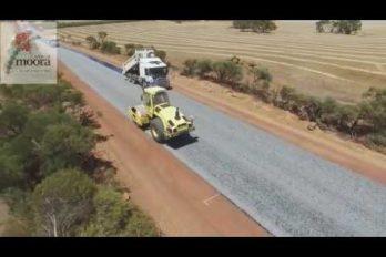 ¡Impresionantemente rápido! Así pavimentan una carretera en Australia. ¿Por qué acá no lo hacen igual?