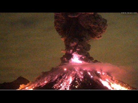 Impresionante-explosión-del-volcán-de-colima.