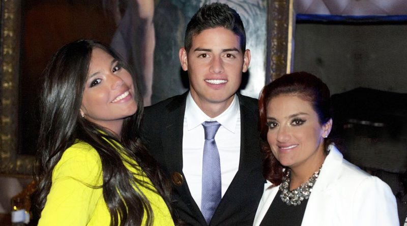 James-Rodríguez-mamá-y-hermana (1)
