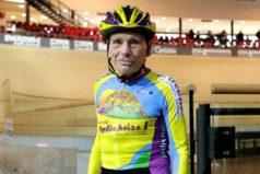 El hombre de 105 años que batió un récord en su bicicleta