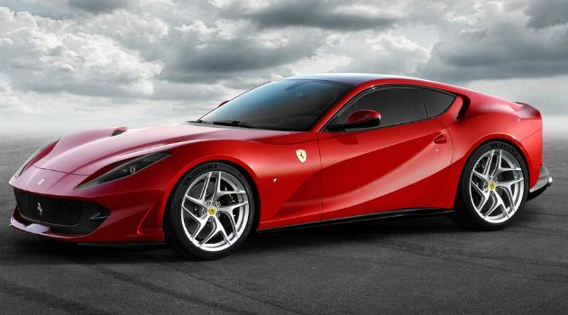 Así es el nuevo Ferrari 812 Superfast, el más potente de la marca italiana