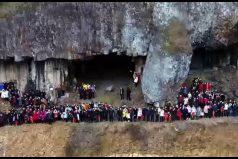 Foto familiar 'MADE IN CHINA': 500 miembros de la familia Ren se reunieron en la provincia de Zhejiang. ¡Toda una hazaña!