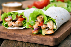 ¿Te da mucha hambre mientras trabajas? Mira lo que debes comer cuando estás en la oficina
