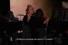 Adele se equivoca en la gala de los Grammy 2017 y pide repetir su tributo a George Michael. ¡Todos merecen una segunda oportunidad!