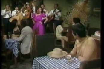 """¡Siempre Diva! Revive la voz de Amparo Grisales en 'El Gallo de Oro' (1981). """"¡Yo me llamo… 'La Caponera'!"""""""