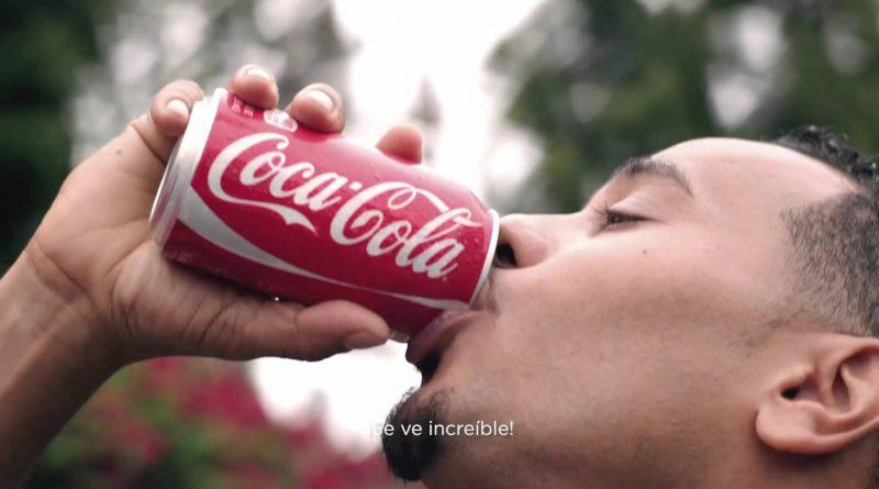 Coca-Cola-da-espaldarazo-a-los-latinos-en-nuevo-comercial