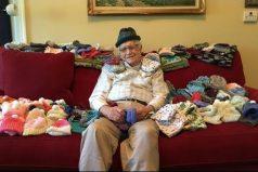 El abuelo de 86 años que aprendió a tejer para salvar bebés prematuros, ¡que bella historia!