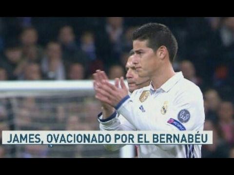 Ovación-del-Bernabéu-a-James-Rodriguez-tras-su-sustitución-•-Real-Madrid-3-1-Napoli