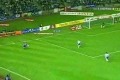 ¿Recuerdas este gol imposible de Roberto Carlos? Han pasado 19 años y aún sigue sorprendiendo. ¡REALmente imposible!