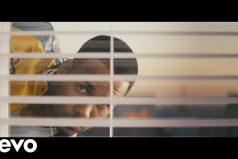 ¿Romeo Santos y los cómics? Así es su nuevo video 'Héroe Favorito'. ¡Aparece con Génesis Rodríguez, la hija de 'El Puma'!
