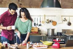 Los momentos en pareja son claves, ¿qué tal un desayuno?