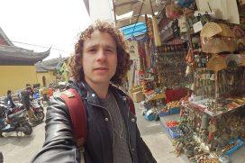 ¡MADE IN CHINA! Vive desde adentro un típico mercado en Shangai. ¡Qué cultura y qué piratería!