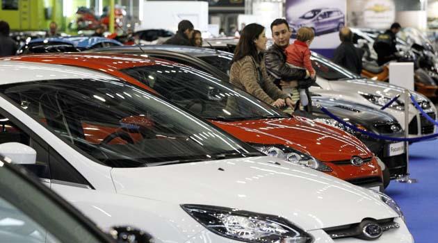 Comunidad Valenciana.Valencia.03/12/2011.En Feria valencia, Feria del automovil de Ocasion.Fotografia de Jesus Signes