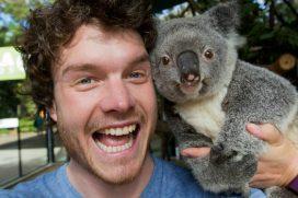 Este joven es el 'rey de las selfies' con animales, ¡quedarás enamorado de sus fotos!
