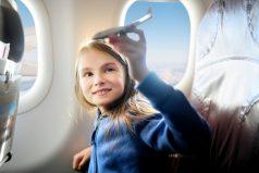 ¿Te gusta viajar? Conoce cuál es el puesto más seguro dentro de un avión