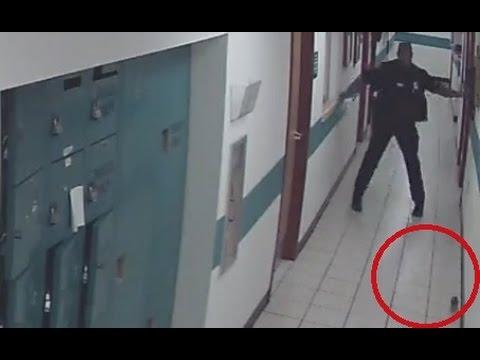 Policia-se-espanta-y-sale-corriendo-cuando-ve-una-rata