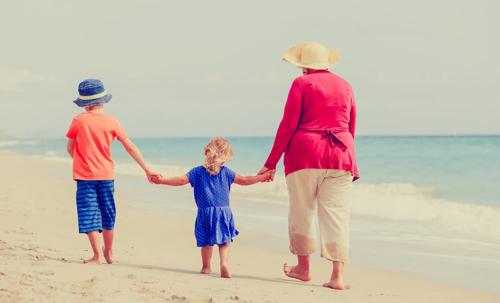 abuela-playa