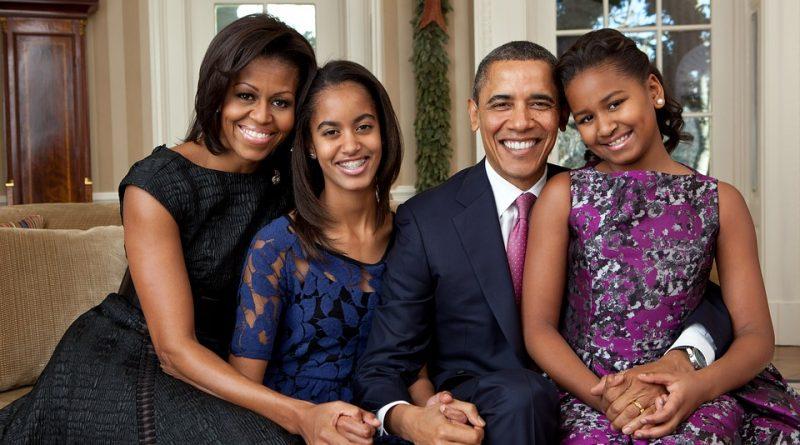 ¿Qué hace Obama y su familia mientras Trump y Falcao trabajan?