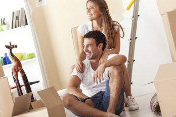 ¿Estás pensando en mudarte con tu pareja? esto podría indicarte que ya es el momento