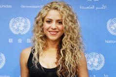 Shakira cambia de look y nos enamora con su sexy cuerpo, ¡unos 40 muuy bien llevados!