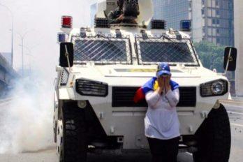La mujer que se enfrentó a un tanque como símbolo de libertad y resistencia. ¡Toda una heroína!