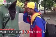 ¡Nos duele Venezuela! Al 'Violinista de la Libertad' le destrozaron su violín. ¿Hasta cuándo tanta injusticia?