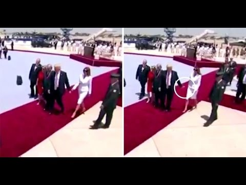 Melania-Trump-Refused-To-Hold-Donald-Trumps-Hand-by-swatting-it-away-on-tarmac-in-Israel