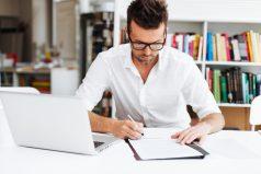 Estudio revela que personas que tienen la letra fea son más inteligentes que los demás