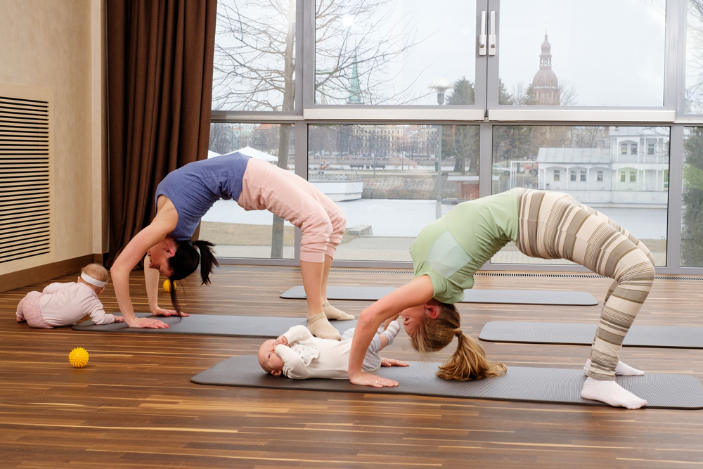 Mamá yoga