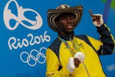 ¡El sueño del campeón se cumplió! El medallista  olímpico Yúberjen Martínez tiene su casa