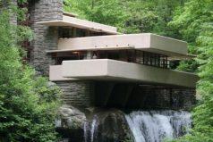 """La increíble y polémica casa sobre una cascada de Frank Lloyd Wright, la """"mejor obra de la arquitectura de Estados Unidos"""""""