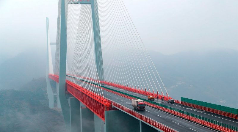 Así-es-el-puente-colgante-más-alto-del-mundo-¡quedarás-con-la-boca-abierta