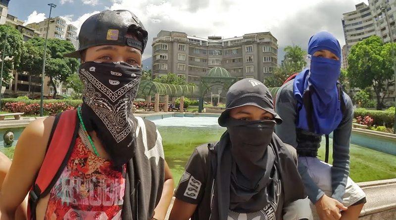 Cómo-es-estar-en-una-protesta-en-Venezuela-Platicando-con-jóvenes-manifestantes