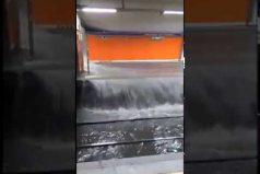 ¡Con el agua al cuello! Así quedó el metro de Madrid después de las fuertes lluvías. ¡Parece un río!