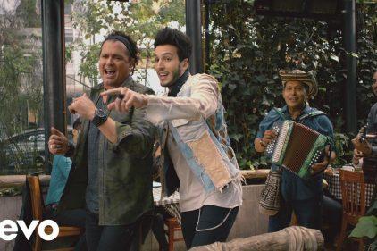 La esperada canción de Carlos Vives con Sebastian Yatra, 'Robarte un beso', ¡ya tiene video oficial!