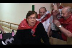¿Conoces los encierros de San Fermín? Este es el más divertido de la historia… ¡Y ocurrió en una residencia de ancianos!