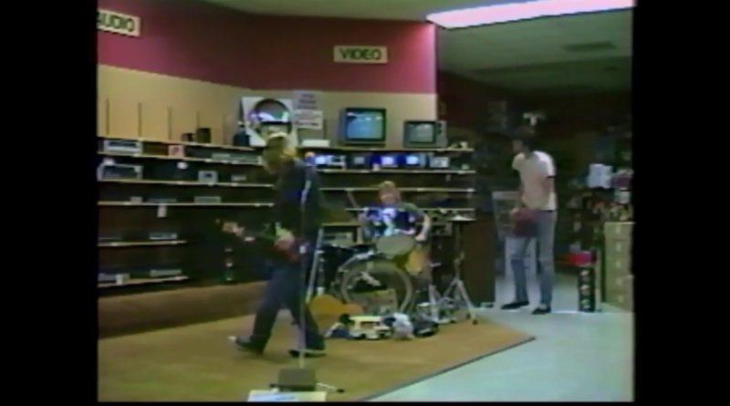 Nirvana-Radioshack-Musicvideo-1988-Full-Never-Before-Seen