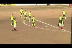 ¿Este gol por dónde entró? El tiro imposible que convirtió Dybala… ¡Con todos los jugadores en medio del arco!