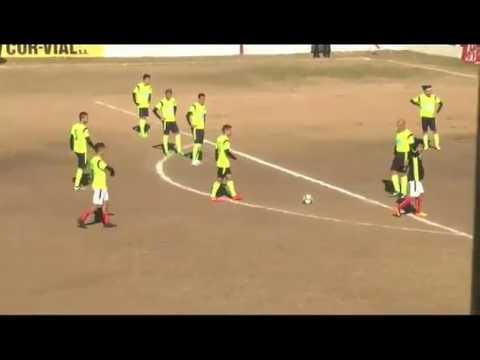 Paulo-Dybala-metió-un-gol-de-tiro-libre-con-los-11-jugadores-del-equipo-rival-en-el-arco