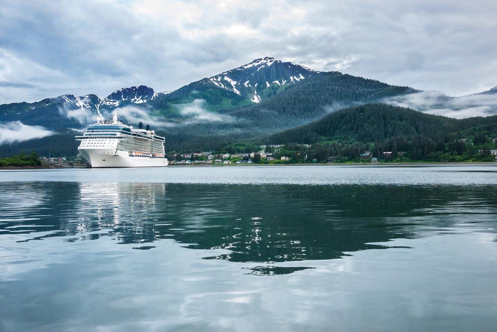 Alista maletas para ir a Alaska o El Caribe a bordo de un crucero
