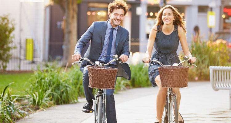 ¿Sufres de estrés? Ir en bicicleta a trabajar te ayuda a reducirlo hasta en un 52 por ciento