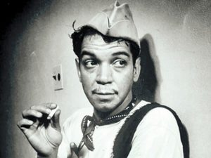 Cantinflas fumando