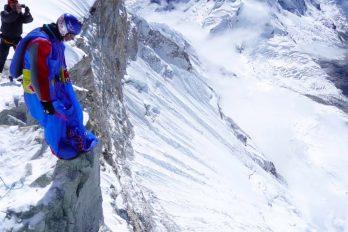 Valery Rozov escaló durante cinco días el monte Huascarán (Perú) para saltar al vacío a… ¡6.725 metros sobre el nivel del mar!